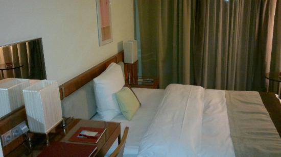 K+K Hotel Elisabeta: Our room