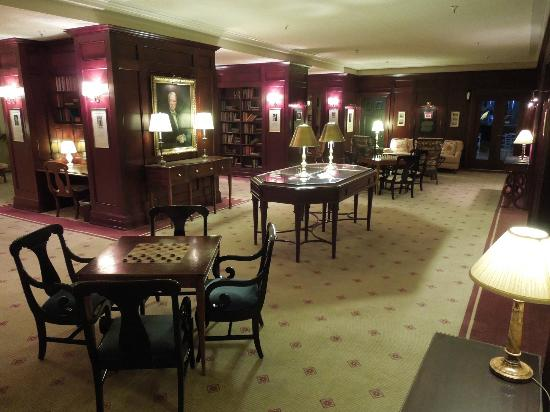 The Omni Homestead Resort: Washington Library, always quiet