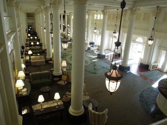 The Omni Homestead Resort: Great Hall from the balcony