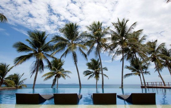IKIN Margarita Hotel & Spa: The Infinity Pool