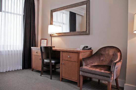Hotel Rialto Victoria Reviews