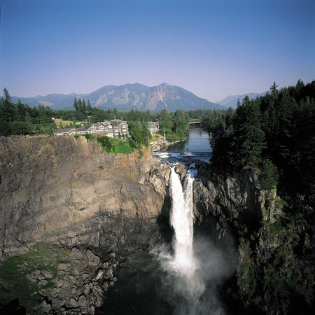 Salish Lodge & Spa with Snoqualmie Falls