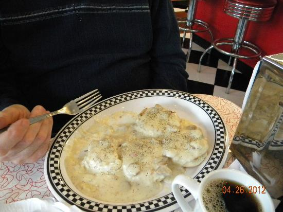 Bristol 45 Diner: Biscuits and gravy.
