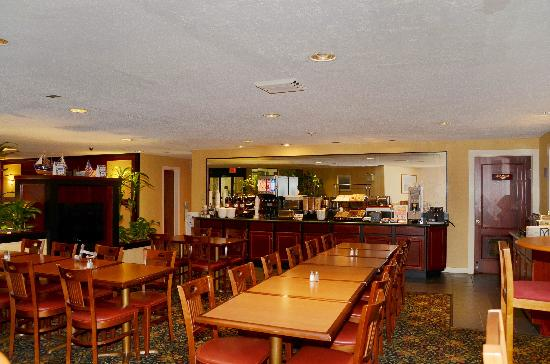 BEST WESTERN Rockland: Breakfast Area