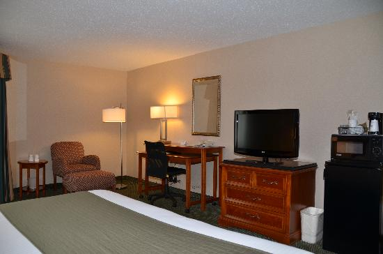 BEST WESTERN Rockland: Spacious King Bedroom