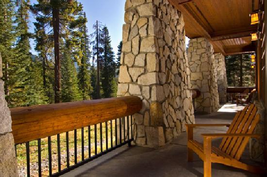 Wuksachi Lodge: Enjoy the great outdoors
