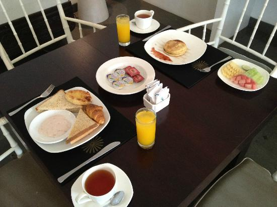 Nunia Boutique Villas: Improved Breakfast