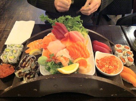 Sushiya: sushi and sashimi for two