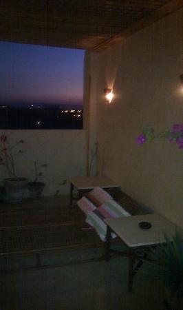 LuxorLife Apartments: Sunset on room