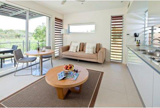 RACV Noosa Resort: 1 Bedroom Sanctuary Apartment with Kitchenette