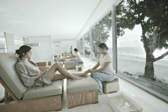 Theta Spa by the Sea