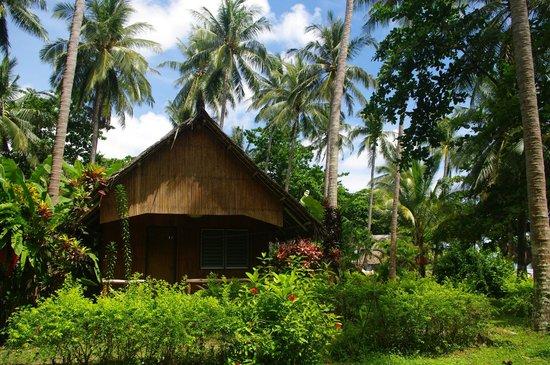 ลันตา คอรัล บีช รีสอร์ท: bungalow