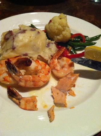 Lobster Shop South: 大きな海老(食べかけ・・・)