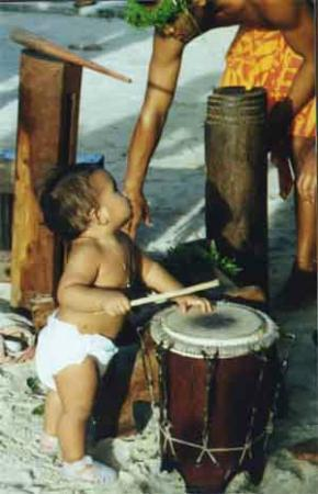 Tahiti Perles: Boy Drummer