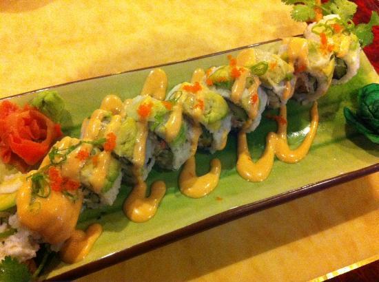 Hazumi Sushi Bar: Lemon Tem Roll (Cilantro, Shrimp Tempura, Crab, Cucumber)
