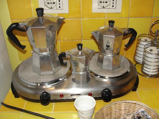 B&B Bibi e Romeo's Home: Café Italiano...
