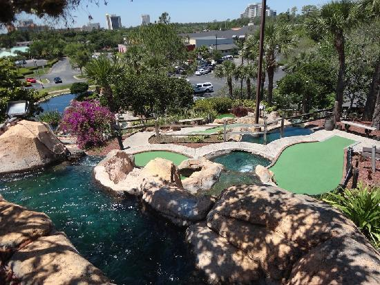Pirate's Cove Adventure Golf: Pirate's Cove