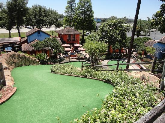 Pirate's Cove Adventure Golf: Green