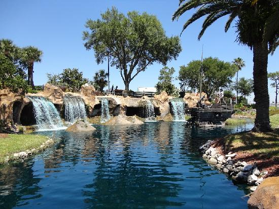 Pirate's Cove Adventure Golf: Lagoon