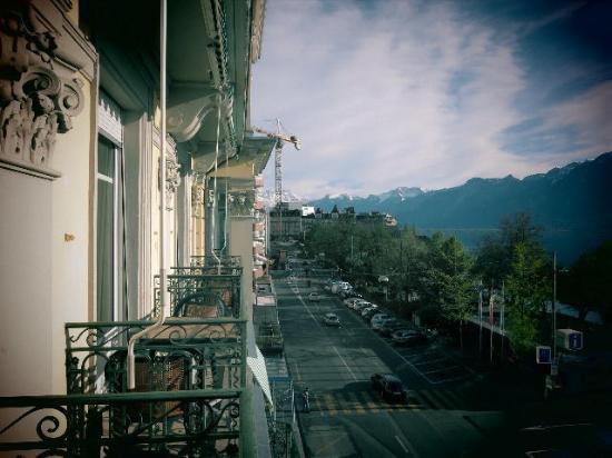 view left of Dent du Midi