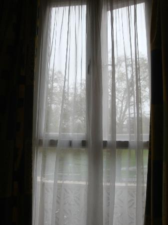 โรงแรมแกรนท์ลี่: finestra