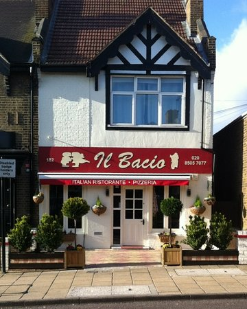 il Bacio, Queens Road, Buckhurst Hill, Essex