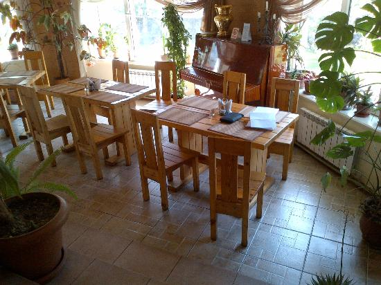 Hotel Asia Mountains: Pleasant dining area
