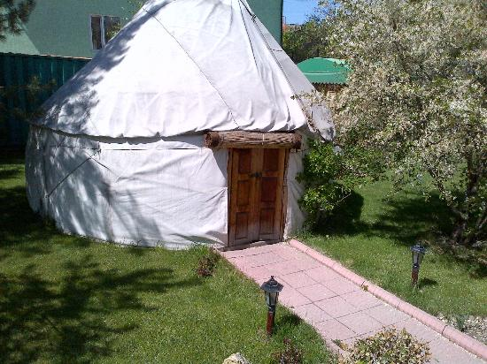 "Hotel Asia Mountains: The ""yurt"" for guests... I didn't ask to go inside."