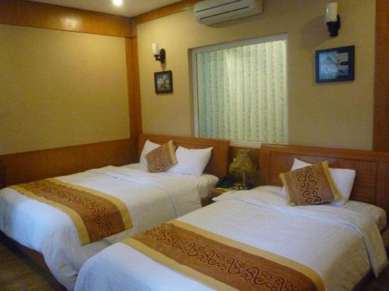 Hanoi Topaz Hotel: Cozy room!