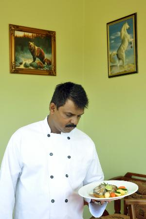 Green View Hotel Katunayake: CHEF