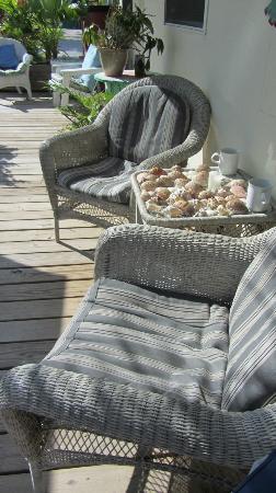مانجو ستريت إن: Gemuetliche Sitzecke vor unserem Appt.