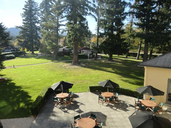 Heritage Hanmer Springs: The beautiful grounds from our window
