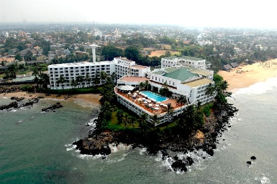 Mount Lavinia Hotel: Birds eye view of the Governor's mansion