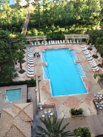 Lake Eve Resort: resort area