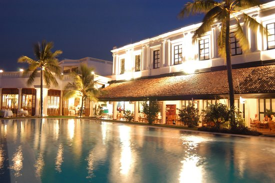 Mount Lavinia Hotel: Pool Terrace