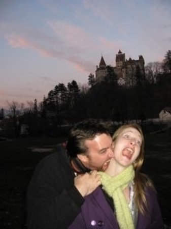 Rocultours - Day Tours: Dracula bite with Bran Castle behind
