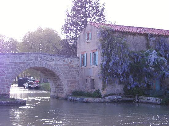 The Belvedere: Pont du Pigasse