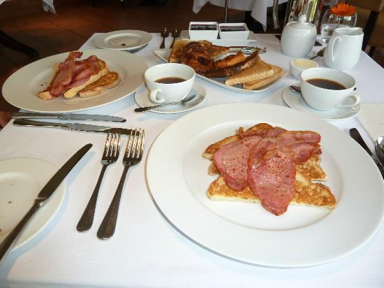 Ardeonaig Hotel: The most stunning 3 course breakfast