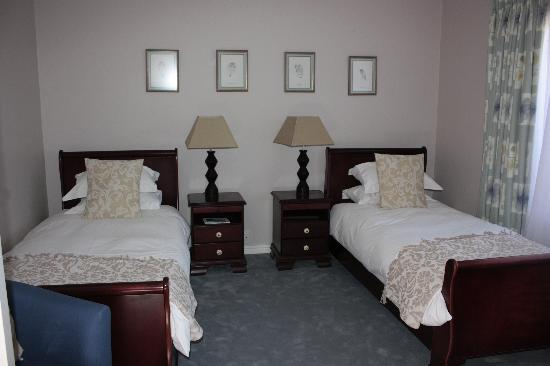 Dongola Guest House: Twin room