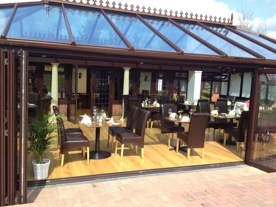 The Stanwick Hotel: Our New Extension to The Garden Restaurant