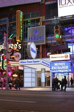 Hilton Times Square Entrance