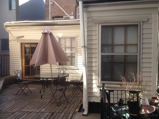 The Canal Park Inn : deck de la Batby suite