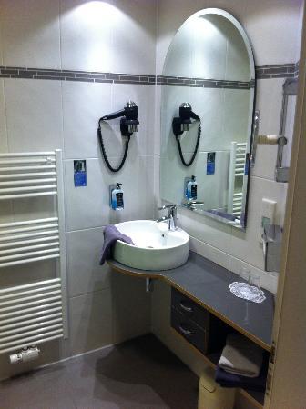 Hotel Linderhof: Bathroom