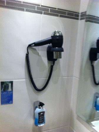 Hotel Linderhof: bathroom 1