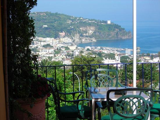 Κασαμιτσιόλα Τέρμε, Ιταλία: Veduta dal terrazzo
