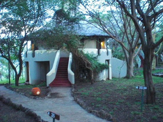 Lake Manyara Serena Lodge: Hut with 3 to 4 units