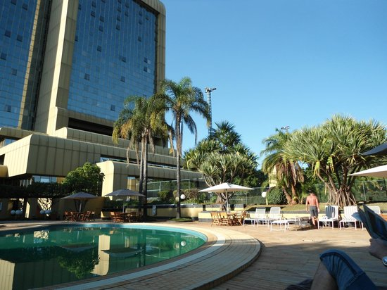 Rainbow Towers Hotel: The pool area