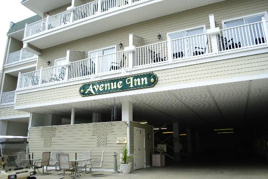Avenue Inn & Spa: Front of the hotel.