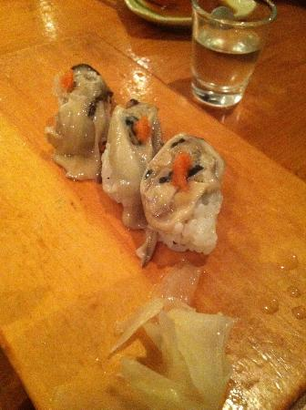 Hiro Sushi: Oyster sushi