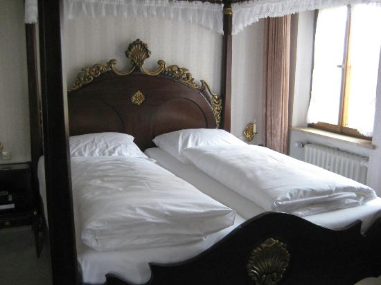 Burghotel: Bedroom